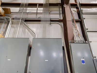 Industrial-grade commercial electrical work with panels in Lubbock, performed by Lubbock Elite Electric.