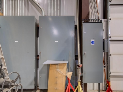 Industrial-grade commercial electrical panels, routing and conduits, completed by Lubbock Elite Electric.